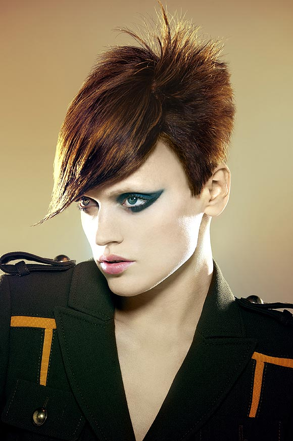 Vanesa Make up Artist: TENDENCIA OTOÑO/INVIERNO 2010/11 Reinventando el rojo de labios Una