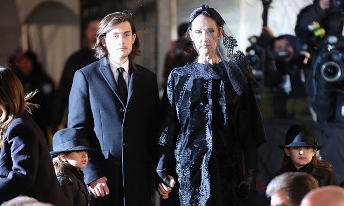 f0251459083 Céline Dion y sus hijos rinden tributo a René Angélil en un emotivo funeral