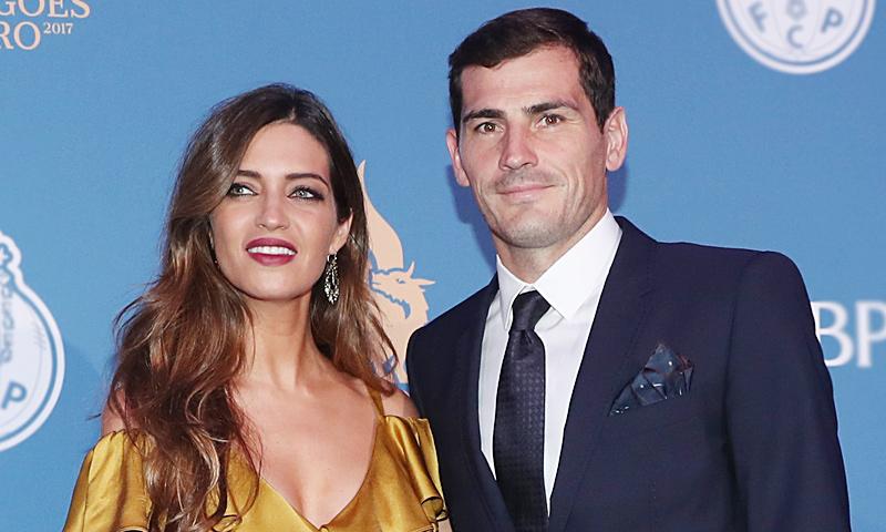 Iker Casillas y Sara Carbonero deslumbran en la Gala de los Dragones de Oporto