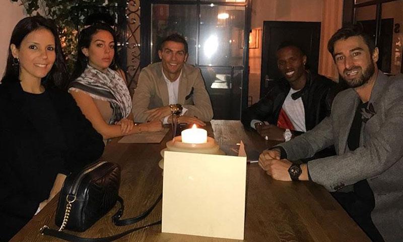 Cristiano Ronaldo y Georgina Rodríguez disfrutan de una salida nocturna antes de ser papás