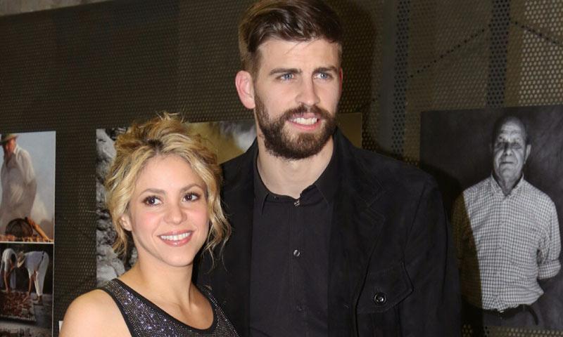 Piqué, muy pendiente de sus hijos mientras Shakira celebra una alegría