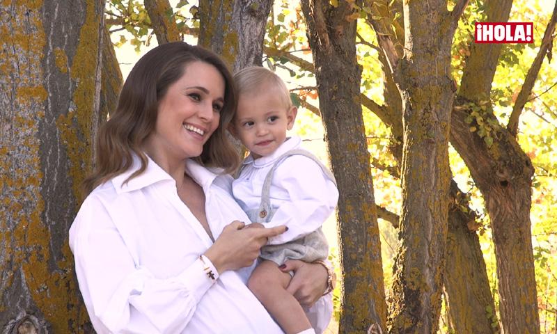 En ¡HOLA!, Astrid Klisans desvela que el bebé que espera es...