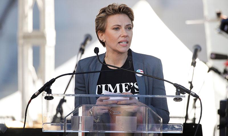 De Scarlett Johnasson a Jane Fonda, las 'celebrities' inundan la 'Marcha de la Mujer'