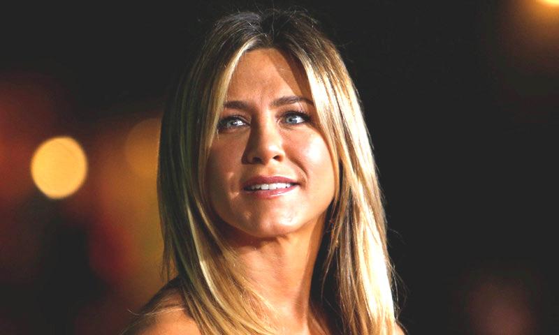 Jennifer Aniston aclara su actual relación con Brad Pitt tras su separación de Justin Theroux