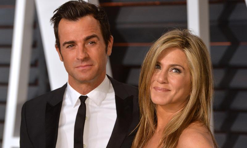 Justin Theroux descubrió notas de amor que Jennifer Aniston guardaba de Brad Pitt