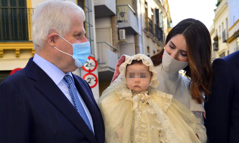 De la emoción del duque de Alba a la celebración en Dueñas: todas las anécdotas y curiosidades del bautizo de Rosario Fitz-James
