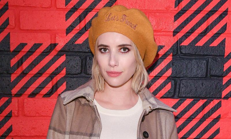 Las ondas despeinadas de Emma Roberts y cinco peinados más para combinar con tu gorro