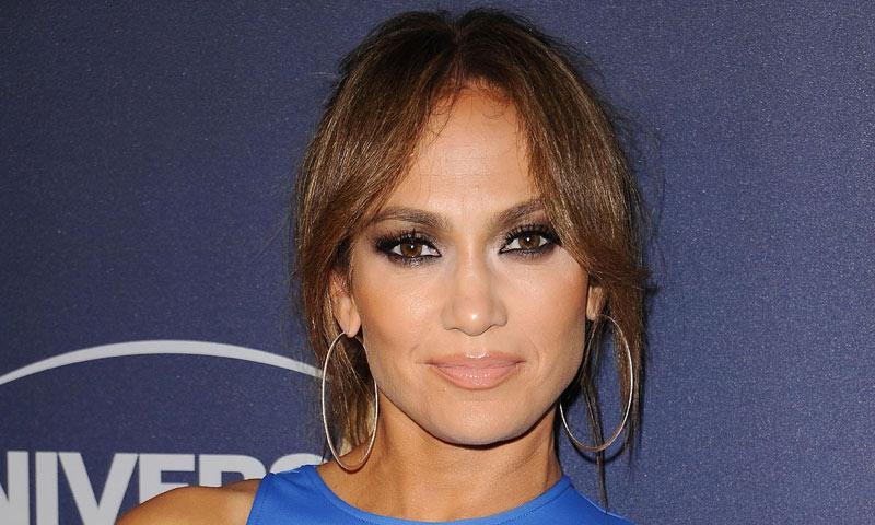 Los 4 errores que más cometemos en nuestra rutina facial según la gurú de Jennifer Lopez