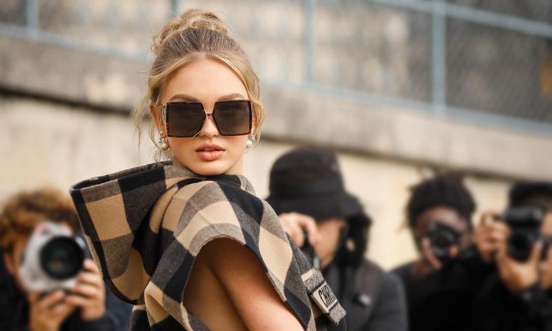 Tengas pelo liso o rizado, estos peinados fáciles de 'street style' son para todas