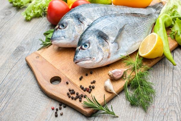 Resultado de imagen de pescado en nevera