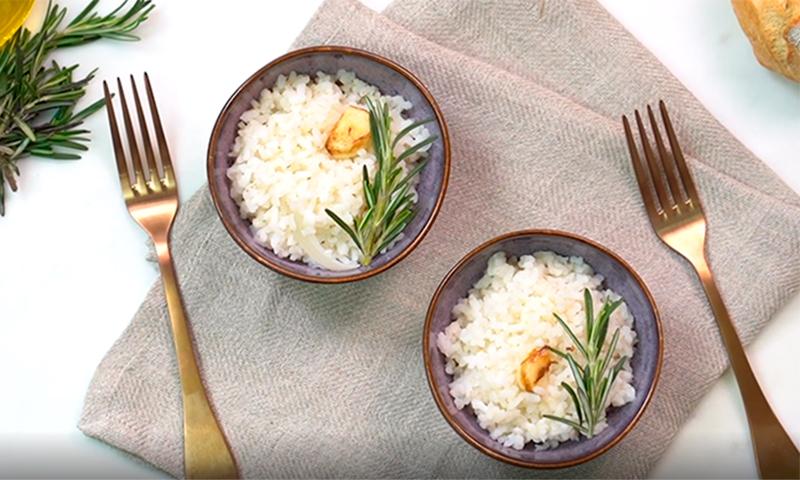 como condimentar el arroz blanco
