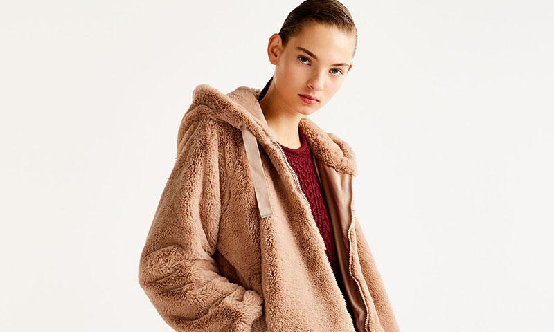 Este invierno los abrigos y cazadoras serán de pelo, según Pull & Bear