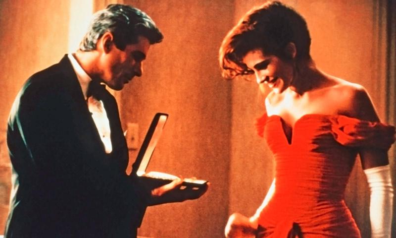 Una nueva versión del famoso vestido que lució Julia Roberts en 'Pretty Woman' está a la venta