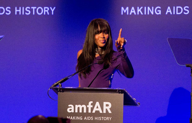 La solidaridad reúne al mundo de la moda y el cine en la inauguración de la New York Fashion Week