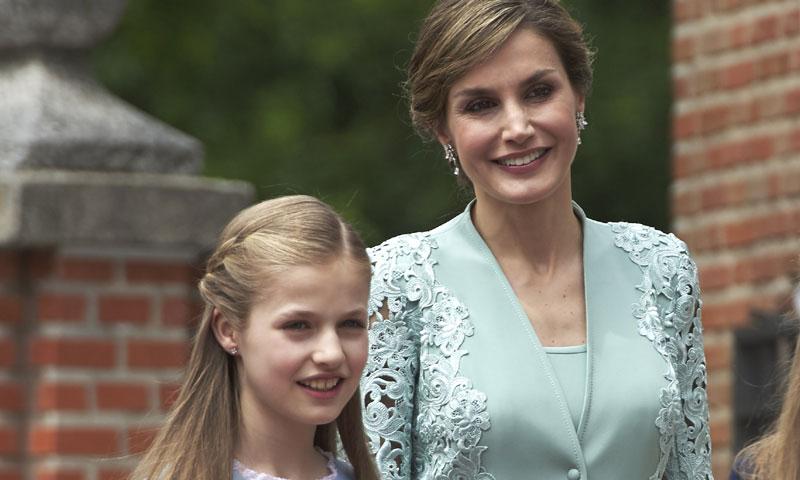 De Reina a Princesa: 10 consejos de estilo que doña Letizia ha enseñado a Leonor
