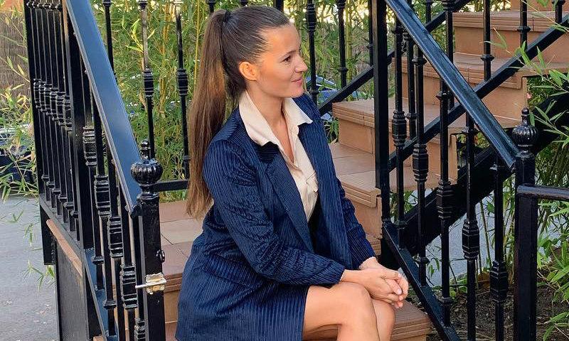 79e00c3a3 Malena Costa zanja el debate sobre el look que escogió en su último bautizo