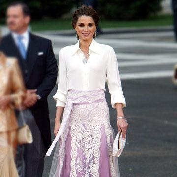 Una mirada al pasado: así vistieron las 'royals' en la boda de doña Letizia y Felipe VI