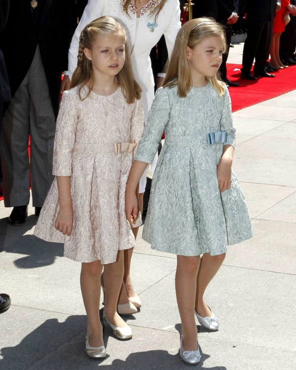 fd50ae452 Un vestido como el de la princesa Leonor y la infanta Sofía