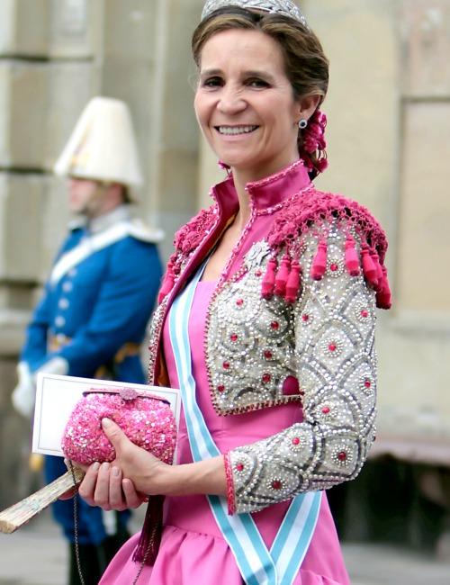 Un repaso al armario de fiesta de la Infanta Elena