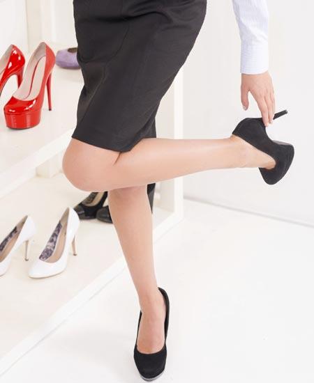 9ca66a79 Hay muchas mujeres que no renuncian a sus zapatos de tacón. Un complemento  siempre de moda que nos ayuda a estilizar la figura y con el que siempre se  suele ...