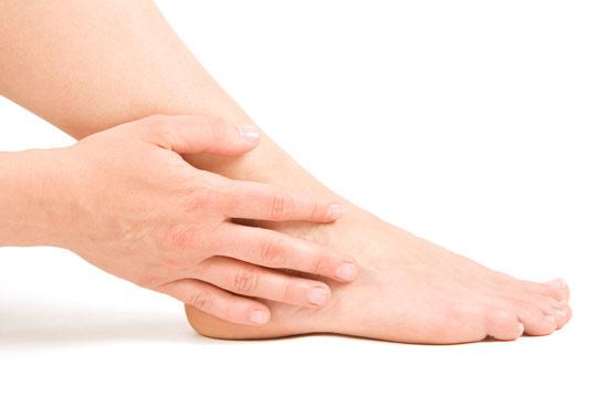 pies planos y dolores de rodilla dos dolencias relacionadas