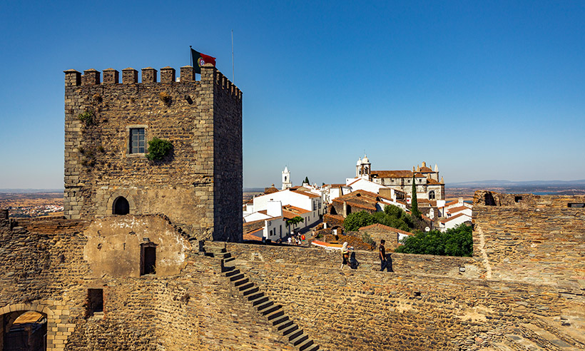 Monsaraz tal vez sea el pueblo más bonito del Alentejo