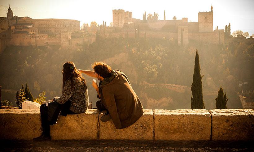 Y el destino más romántico para besarse es... el mirador de San Nicolás