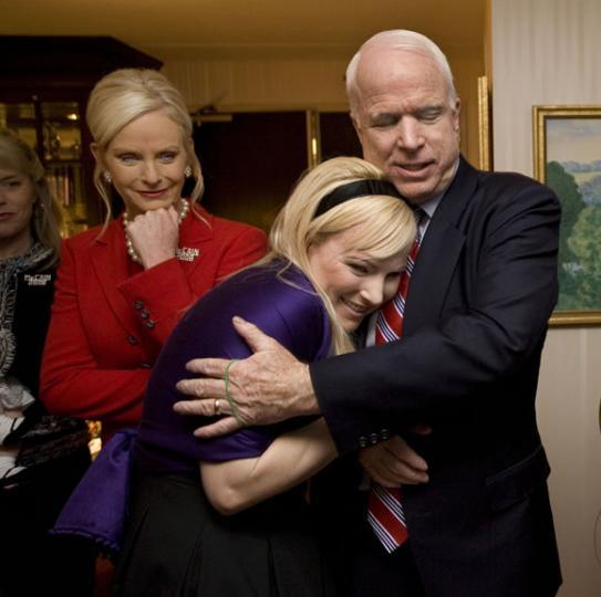 ¿Cómo Son Obama Y McCain En Familia?