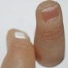 Un finlandés llamado Jerry Jalava se implanta una memoria USB en el dedo