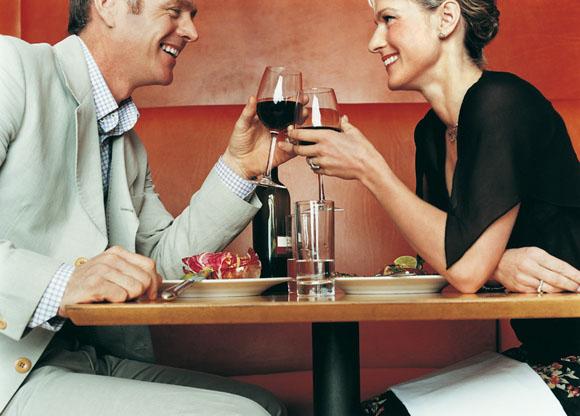 Los hombres solo necesitan 8,2 segundos para enamorarse: los flechazos existen