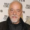 Paulo Coelho presenta en Madrid su nuevo proyecto solidario: 'Es un compromiso de amor'