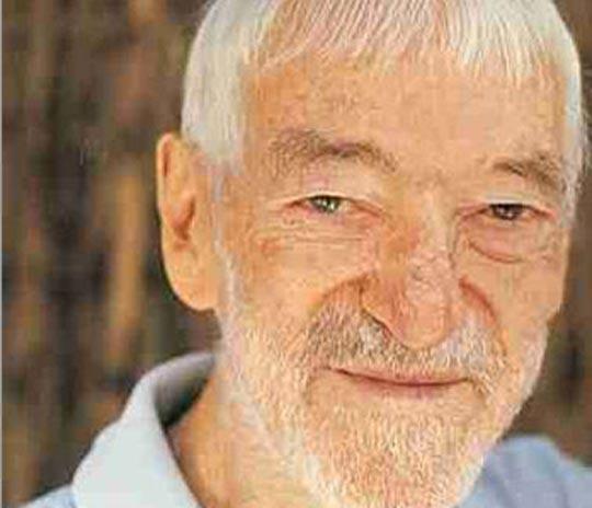Vicente Ferrer ha sido enterrado en la India rodeado de miles de seguidores