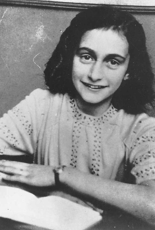 Las imágenes nunca vistas hasta ahora: la verdadera Ana Frank en vídeo