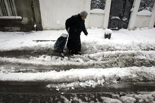 La mitad de España amanece en alerta por nieve y lluvia
