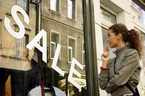Ante la subida del IVA, las marcas anuncian 'superrebajas'