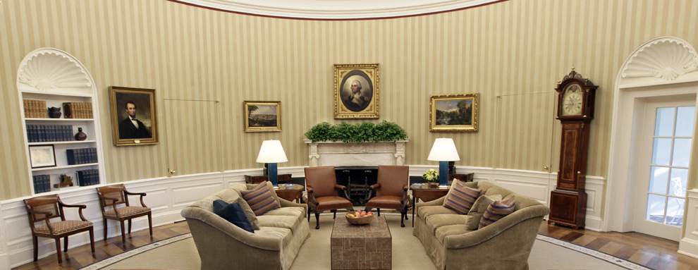 Los obama redecoran el despacho oval de la casa blanca for Muebles de oficina jovalu