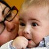 Nace primer bebé del mundo con un nuevo y revolucionario método de fecundación