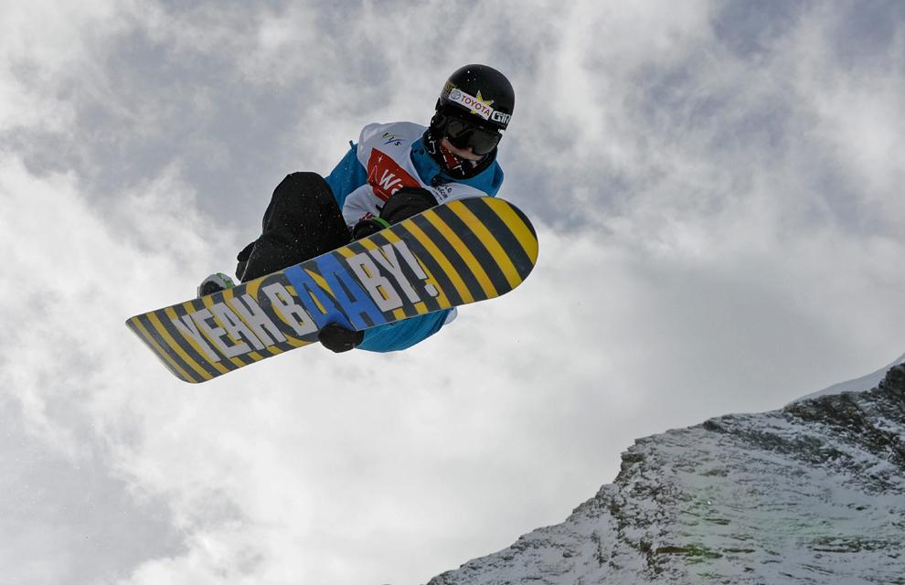La Copa del Mundo de snowboard se disputa en un glaciar de Suiza