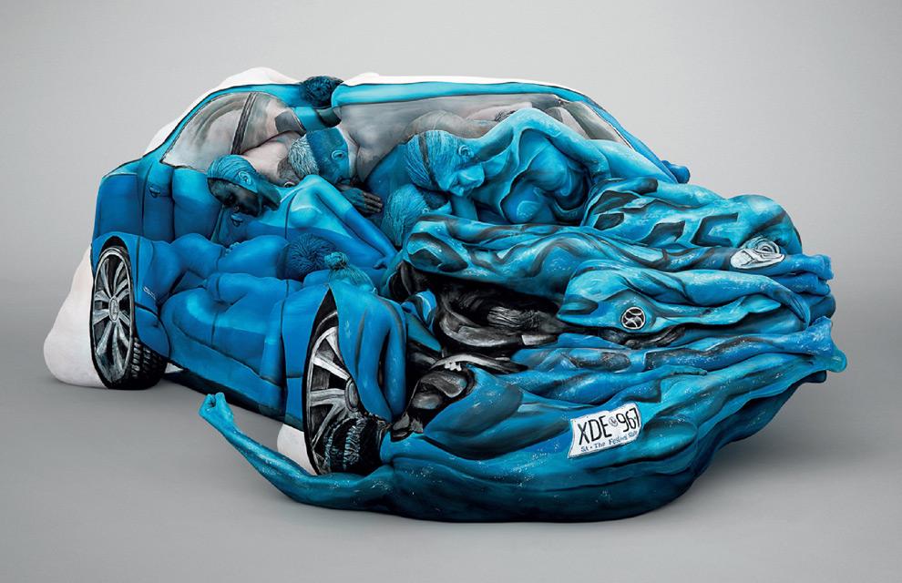 Un coche fabricado... ¡con cuerpos pintados!