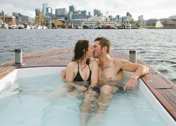 Relajarse en agua caliente y navegar al mismo tiempo... ¡es posible!