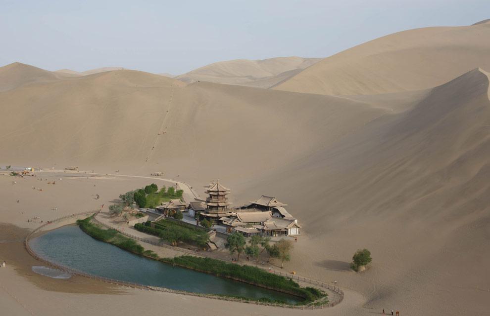 Rescatan un pequeño oasis milenario en China
