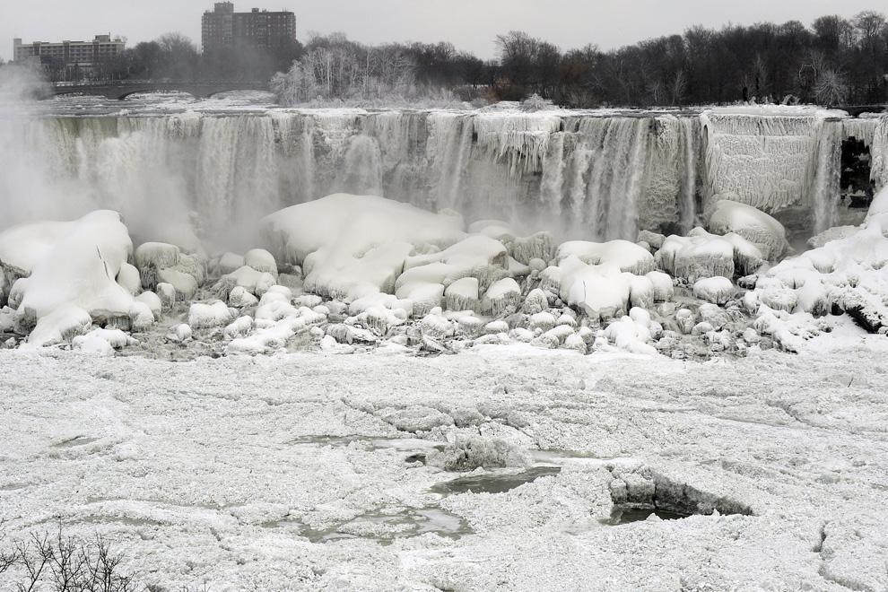 Las escalofriantes imágenes de la ola polar que ha congelado Estados Unidos