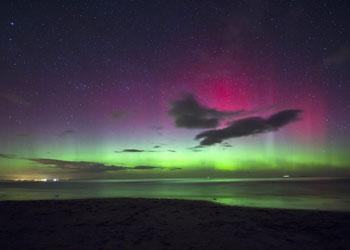 La inusual aparición de la aurora boreal en el cielo británico