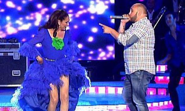 Isabel Pantoja y Kiko Rivera, juntos contra viento y marea también sobre los escenarios