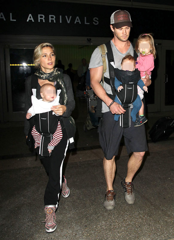 Una familia numerosa 'de cine': Elsa Pataky y Chris Hemsworth conquistan el aeropuerto con sus tres hijos