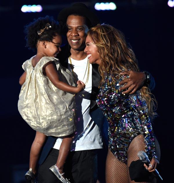 Las lágrimas de Beyoncé, la marcha de las Kardashian... las curiosidades de los premios MTV
