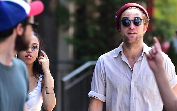 Robert Pattinson vuelve a sonreír, ¿está enamorado?
