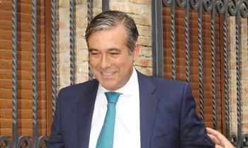 El juez Enrique López se casa un año después de su ruptura con Silvia Jato