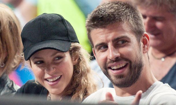 Shakira y Piqué reaparecen en público presumiendo de amor y embarazo