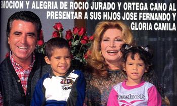 Rocío Jurado y Ortega Cano presentaron en ¡HOLA! a sus hijos José Fernando y Gloria Camila en 1999